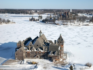 43-boldt-castle-winter