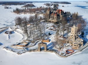 44-boldt-castle-winter
