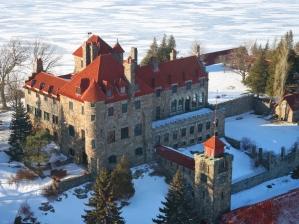 40-singer-castle-winter