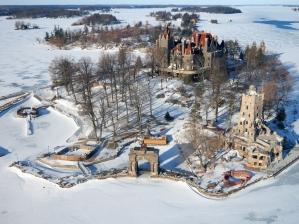 44-boldt-castle-winter